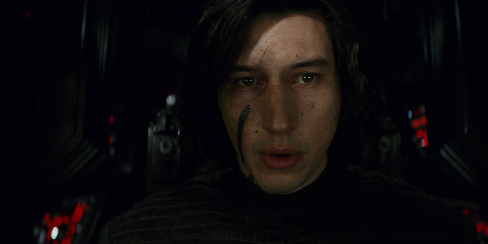 Star-Wars-the-Last-Jedi-Kylo-Ren-Piloting